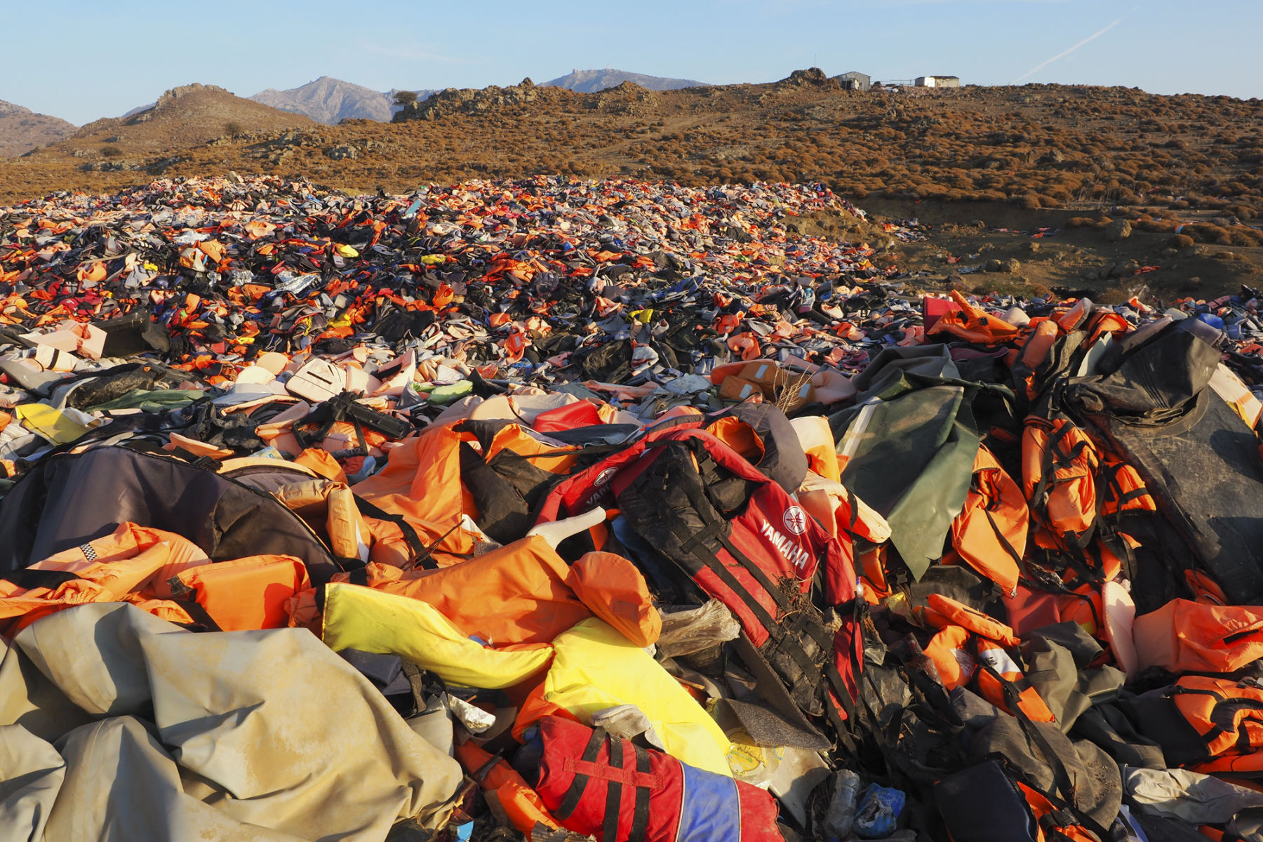 Close to one million lifejackets  - www.lesvosolidarity.org - 2016