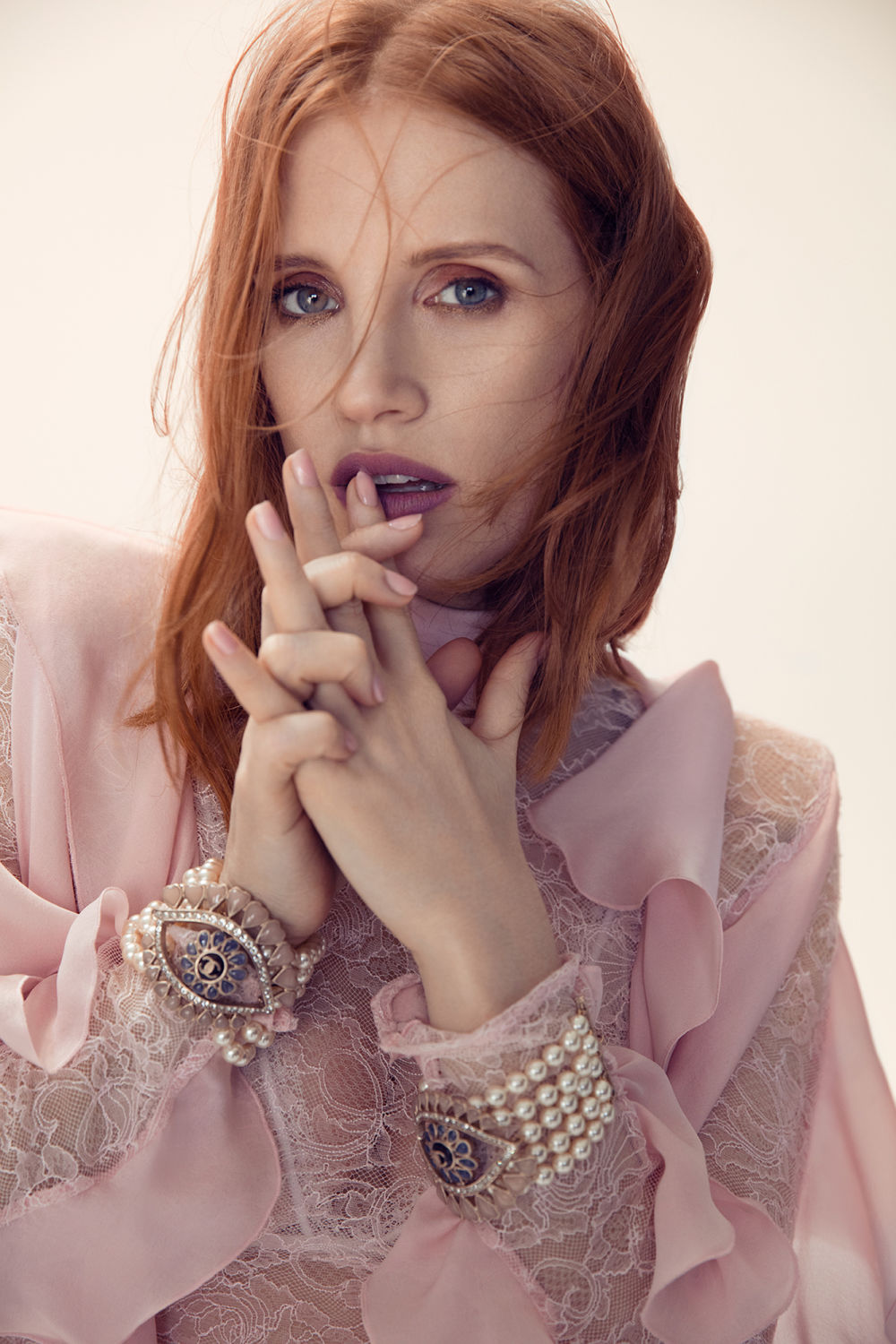 L'Officiel - Jessica Chastain